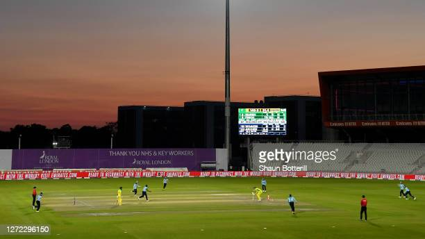 General view as Jofra Archer of England bowls Mitchell Marsh of Australia during the 2nd Royal London One Day International Series match between...