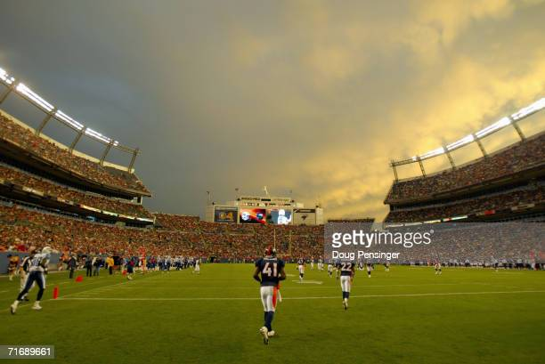 A general view as Karl Paymah of the Denver Broncos runs up the field against the Tennessee Titans during preseason NFL action on August 19 2006 at...