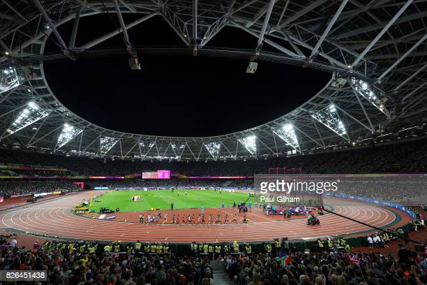 A general view as Mo Farah of Great Britain competes in the Men's 10000 metres final during day one of the 16th IAAF World Athletics Championships...