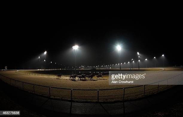 A general view as runners make the turn into the straight at Chelmsford City racecourse on February 12 2015 in Chelmsford England