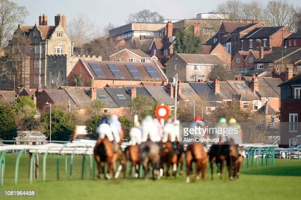 A general view as runners make their way into the country at Warwick Racecourse on December 13 2018 in Warwick England