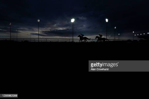 General view as runners make their way to the start at Kempton Park on July 13, 2020 in Sunbury, England. Owners are allowed to attend if they have a...