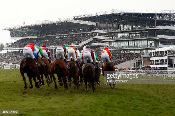A general view as runners turn into the straight at Cheltenham racecourse on March 12 2015 in Cheltenham England
