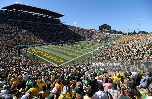 General view as the capacity crowd gets ready for the start of the game against the California Bears at Autzen Stadium on September 26 2009 in Eugene...
