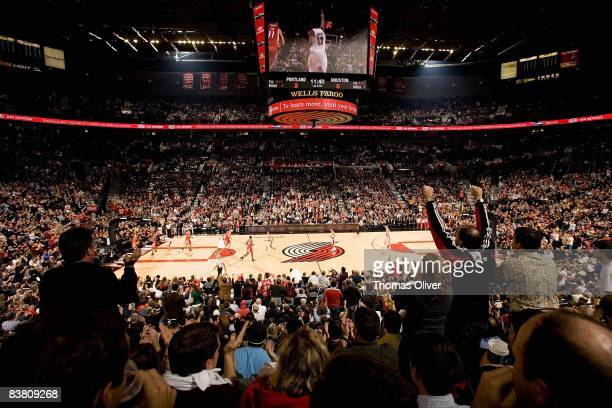 A general view as the Houston Rockets take on the Portland Trail Blazers during the game on November 6 2008 at the Rose Garden in Portland Oregon The...
