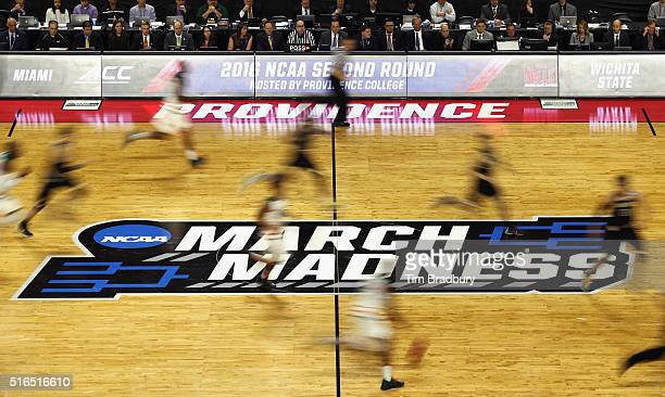 A general view as the Miami Hurricanes face the Wichita State Shockers during the second round of the 2016 NCAA Men's Basketball Tournament at...
