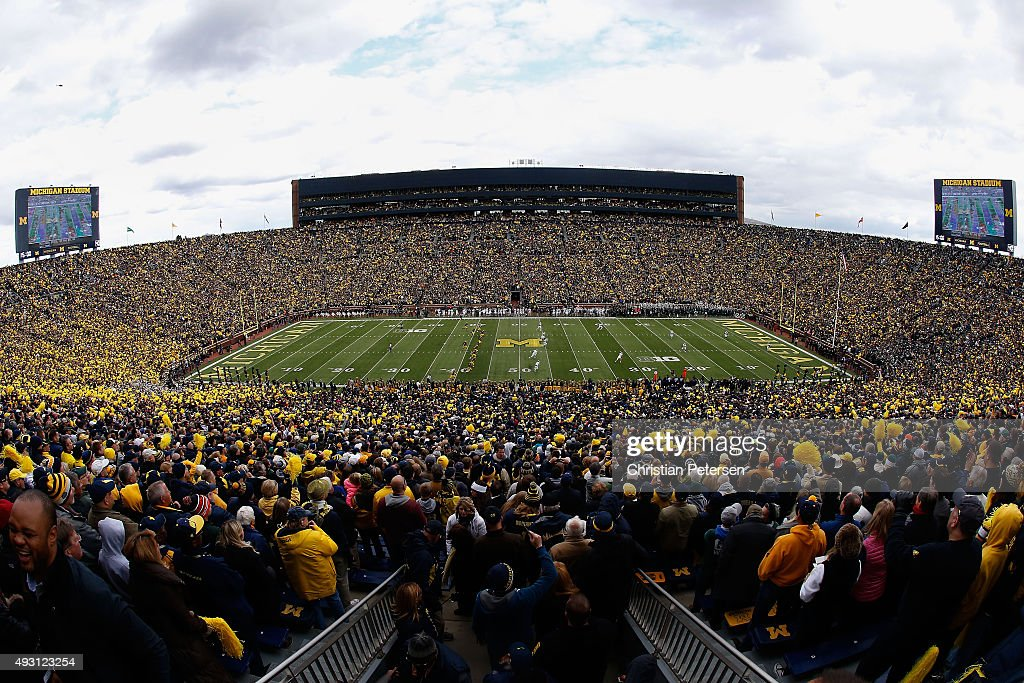 General view as the Michigan Wolverines kick off to the Michigan State Spartans during the first quarter of the college football game at Michigan Stadium on October 17, 2015 in Ann Arbor, Michigan.
