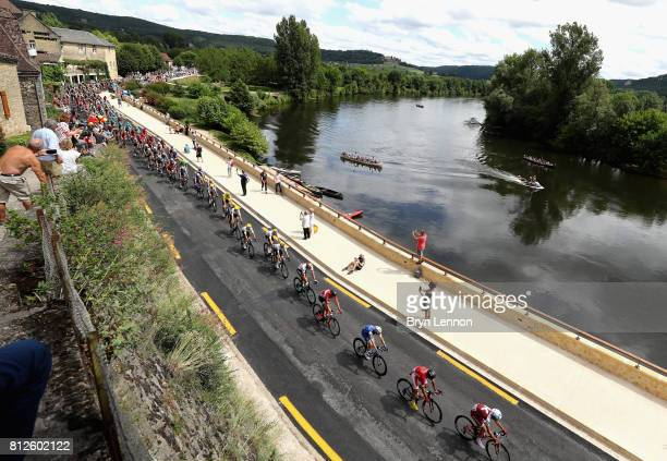 General view as the peloton pass through during stage 10 of the 2017 Le Tour de France, a 178km stage from Perigueux to Bergerac on July 11, 2017 in...