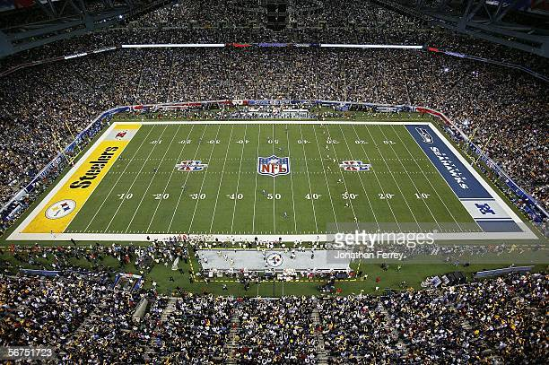 A general view as the Seattle Seahawks receive the kickoff from the Pittsburgh Steelers in Super Bowl XL at Ford Field on February 5 2006 in Detroit...