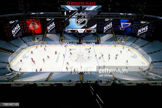 General view as the St. Louis Blues and the Chicago Blackhawks warm up before an exhibition game prior to the 2020 NHL Stanley Cup Playoffs at Rogers...