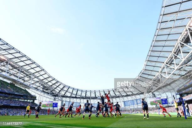 A general view as the teams compete at a lineout during the Heineken Champions Cup Semi Final match between Leinster Rugby and Toulouse at the Aviva...