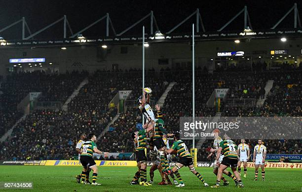 A general view as the teams compete at the line out during the Aviva Premiership match between Northampton Saints and Wasps at Franklin's Gardens on...