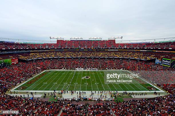 General view as the Washington Redskins take on the Tampa Bay Buccaneers at FedExField on November 16, 2014 in Landover, Maryland.