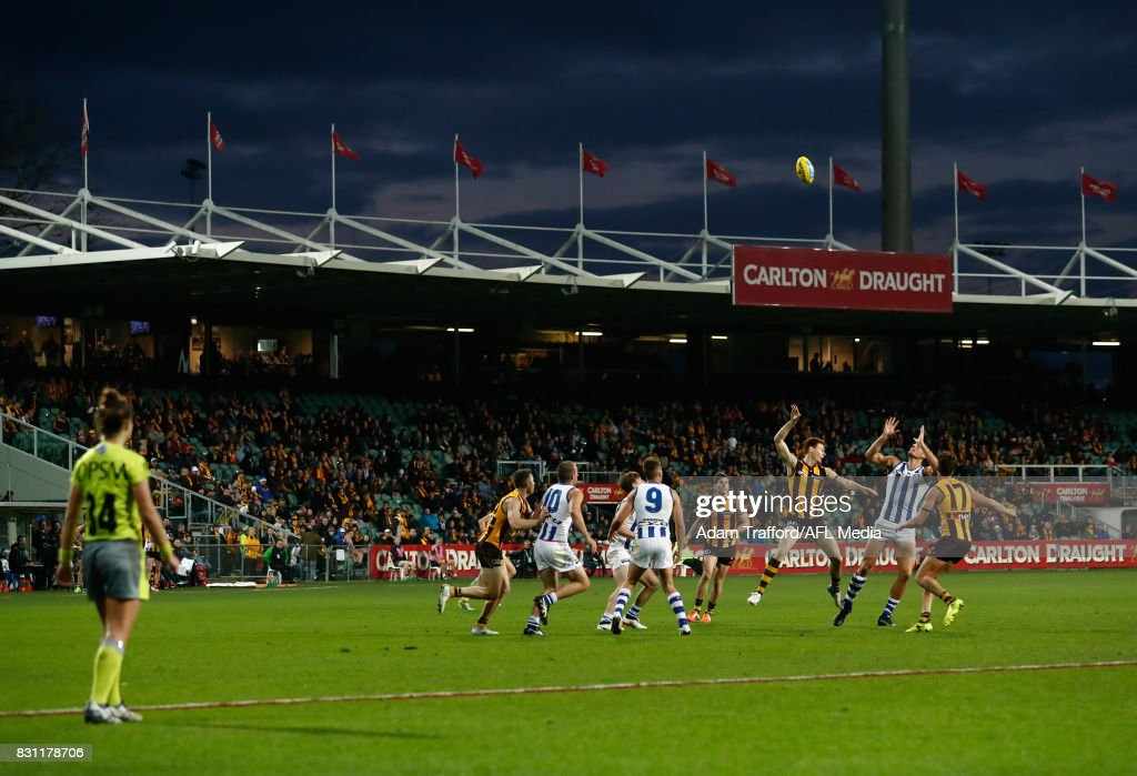 A general view as Tim O'Brien of the Hawks and Braydon Preuss of the Kangaroos compete in a ruck contest during the 2017 AFL round 21 match between the Hawthorn Hawks and the North Melbourne Kangaroos at the University of Tasmania Stadium on August 13, 2017 in Launceston, Australia.