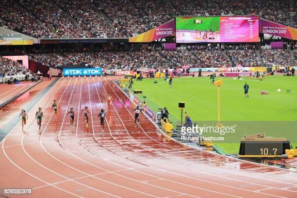 A general view as Tori Bowie of the United States leads the way during the womens 100m heats during day two of the 16th IAAF World Athletics...