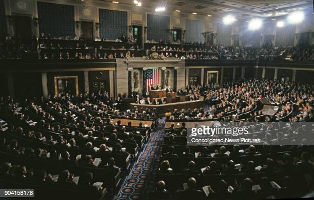 General view as US President George HW Bush speaks to a joint session of the US Congress, Washington DC, September 11, 1990.