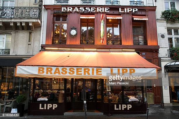 A general view at 'Brasserie Lipp' restaurant on October 21 2016 in Paris France