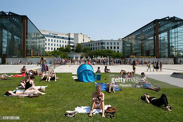 A general view at the 'Andre Citroen' Park during a hot summer day on July 1 2015 in Paris France France is currently experiencing a heatwave which...