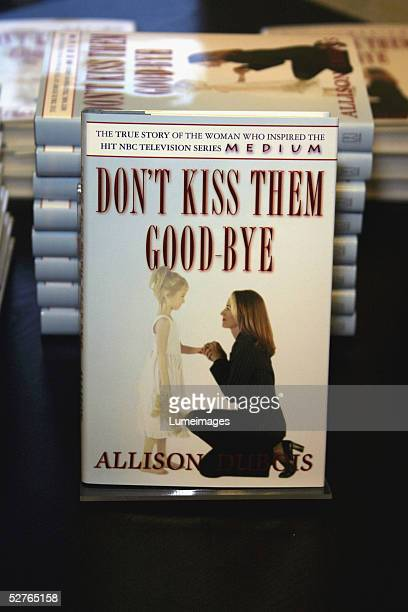 A general view at the booksigning event for Allison DuBois' Don't Kiss Them GoodBye on at Barnes Noble at The Grove at Farmers Market on May 5 2005...