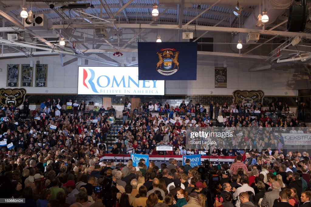 General View at the Congressman Paul Ryan Rally With Kid Rock at Oakland University Athletic Center on October 8, 2012 in Rochester, Michigan.