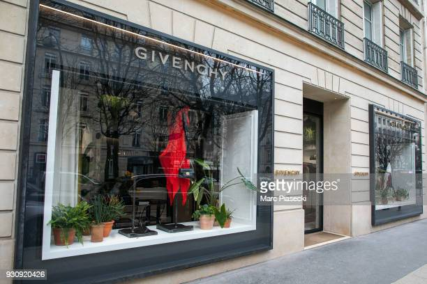 A general view at the 'Givenchy' store on Avenue Montaigne on March 12 2018 in Paris France Hubert de Givenchy the French fashion designer famous for...