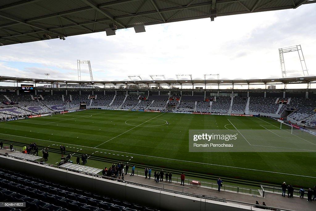 Toulouse V Marseille - Coupe de la Ligue : ニュース写真