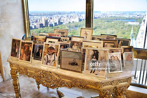 General view during a portrait session with Donald Trump Melania Trump and their son Barron Trump on April 14 2010 in New York City