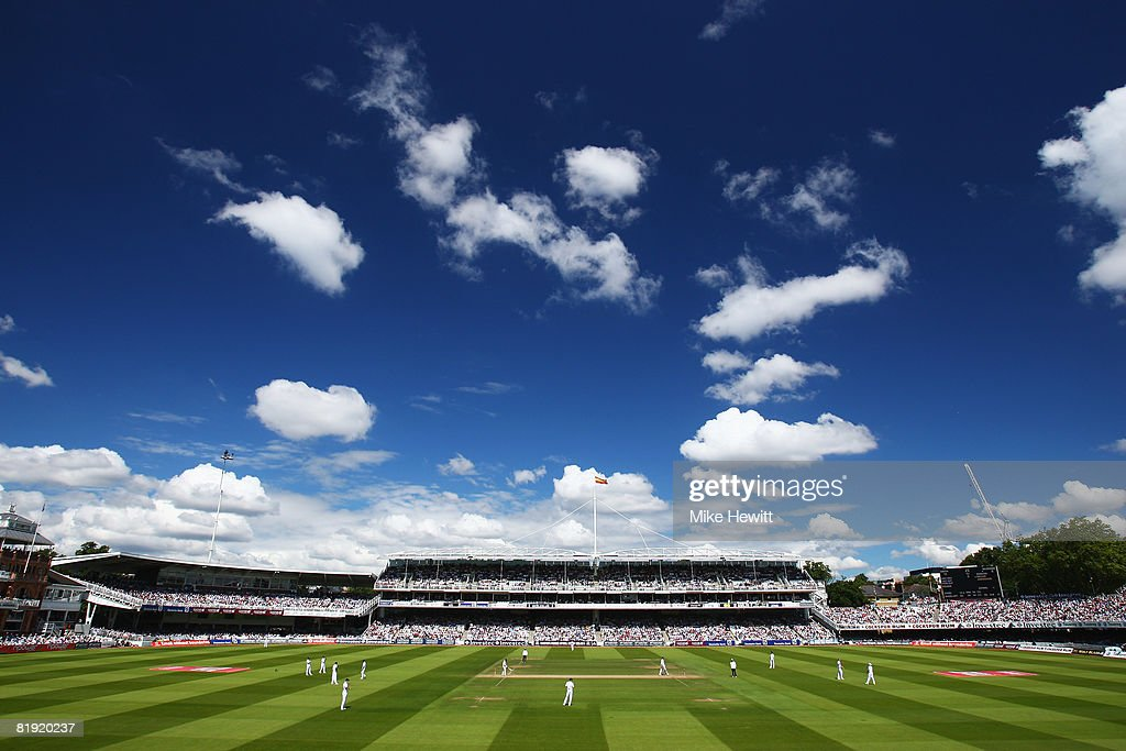 England v South Africa: First Test - Day Four : News Photo