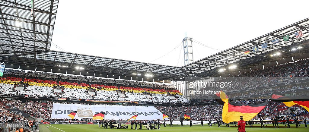 Germany v USA - Fan Club National Team : News Photo