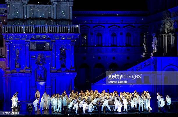 A general view during La Fenice Theatre's production of 'Othello' inside the courtyard on the Doge Palace on July 10 2013 in Venice Italy It is the...