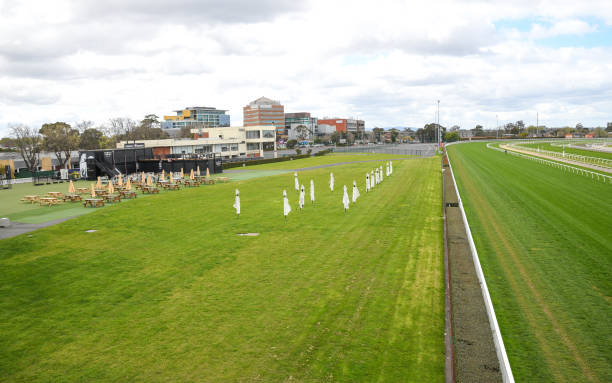 AUS: Melbourne Racing
