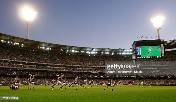 A general view during the 2016 AFL Round 05 ANZAC Day match between the Collingwood Magpies and the Essendon Bombers at the Melbourne Cricket Ground...