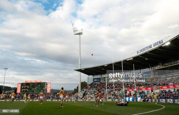 A general view during the 2017 AFL round 07 match between the North Melbourne Kangaroos and the Adelaide Crows at Blundstone Arena on May 06 2017 in...