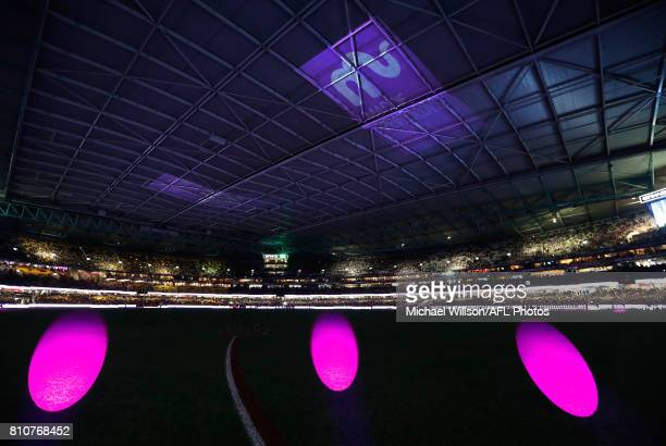 A general view during the 2017 AFL round 16 match between the St Kilda Saints and the Richmond Tigers at Etihad Stadium on July 08 2017 in Melbourne...