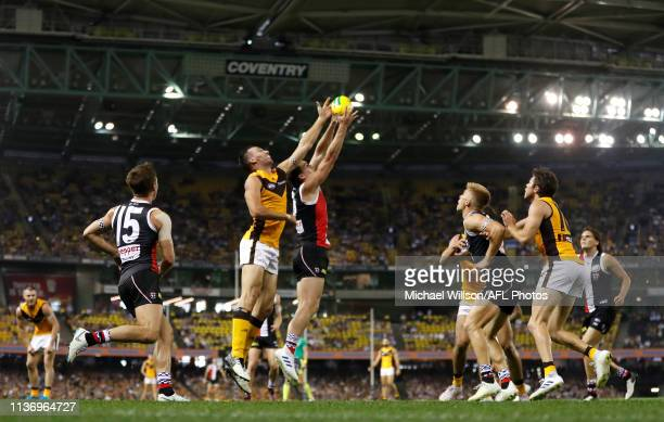 General view during the 2019 AFL round 04 match between the St Kilda Saints and the Hawthorn Hawks at Marvel Stadium on April 14, 2019 in Melbourne,...