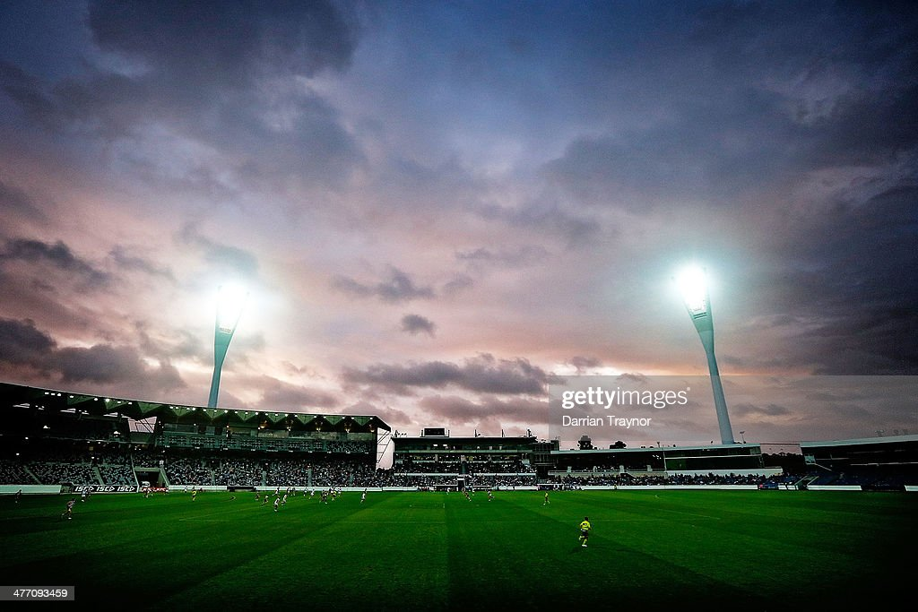 A (EDITORS NOTE.THIS IMAGE WAS CREATED USING DIGITAL FILTERS) A general view during the AFL Practice Match between the Geelong Cats and the North Melbourne Kangaroos at Simonds Stadium on March 7, 2014 in Geelong, Australia.