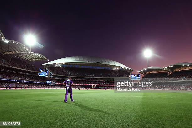 General view during the Big Bash League match between the Adelaide Strikers and the Hobart Hurricanes at Adelaide Oval on January 6, 2017 in...