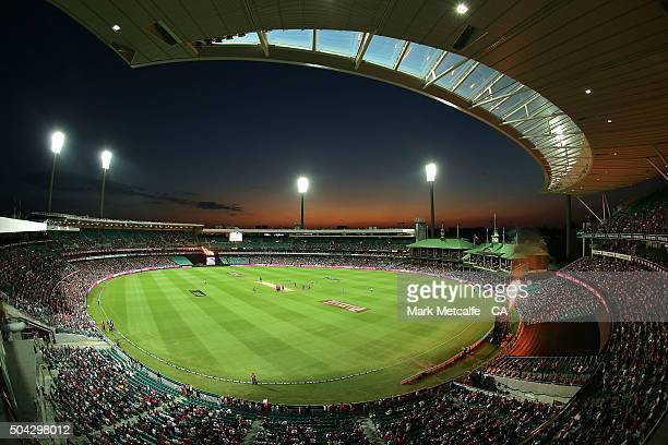 General view during the Big Bash League match between the Sydney Sixers and the Brisbane Heat at Sydney Cricket Ground on January 10, 2016 in Sydney,...