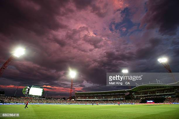 General view during the Big Bash League match between the Sydney Thunder and the Sydney Sixers at Spotless Stadium on December 20, 2016 in Sydney,...