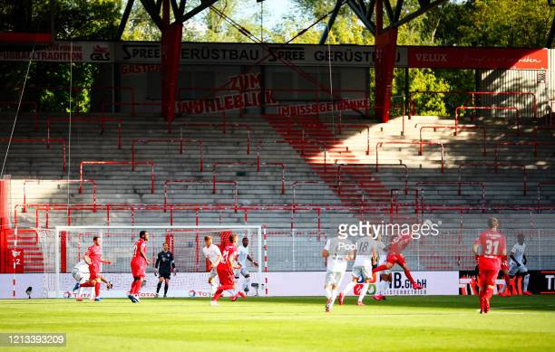 General view during the Bundesliga match between 1. FC Union Berlin and FC Bayern Muenchen at Stadion An der Alten Foersterei on May 17, 2020 in...