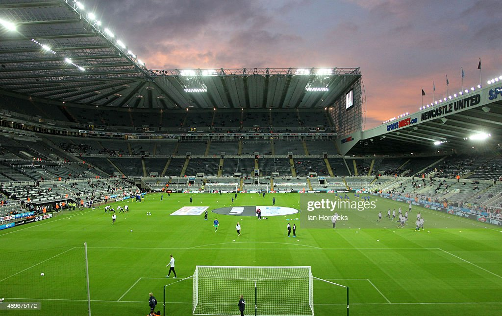 Newcastle United v Sheffield Wednesday - Capital One Cup Third Round : News Photo