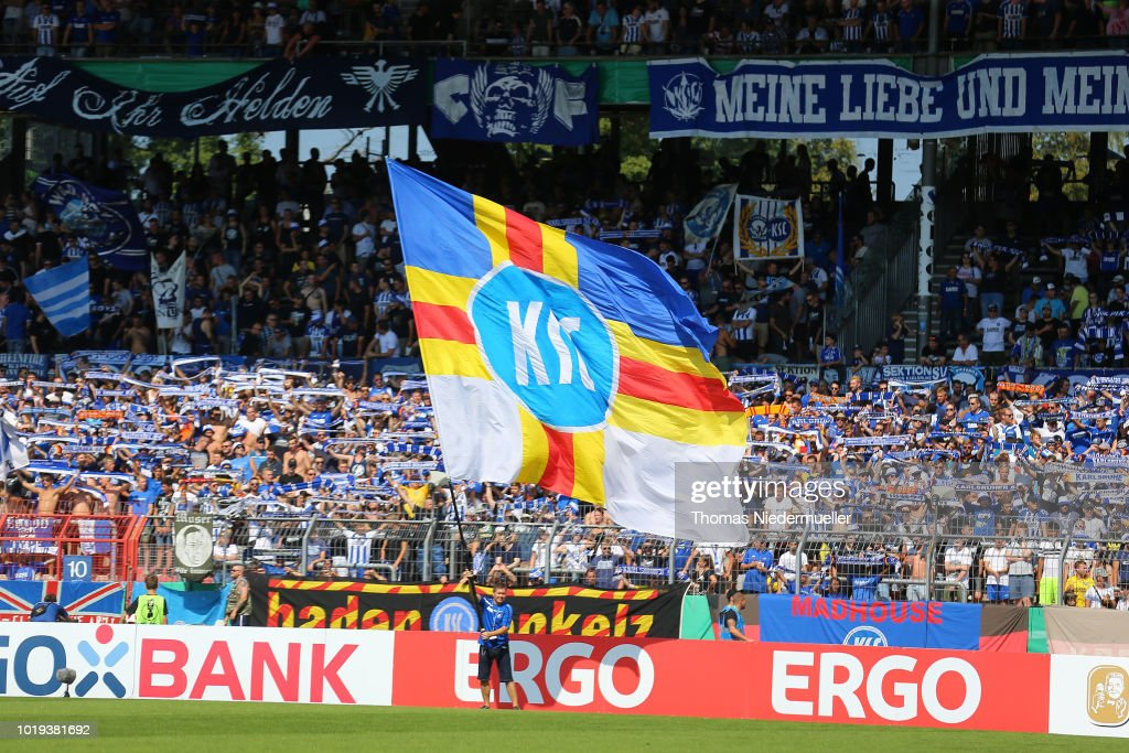 Karlsruher SC v Hannover 96 - DFB Cup : News Photo