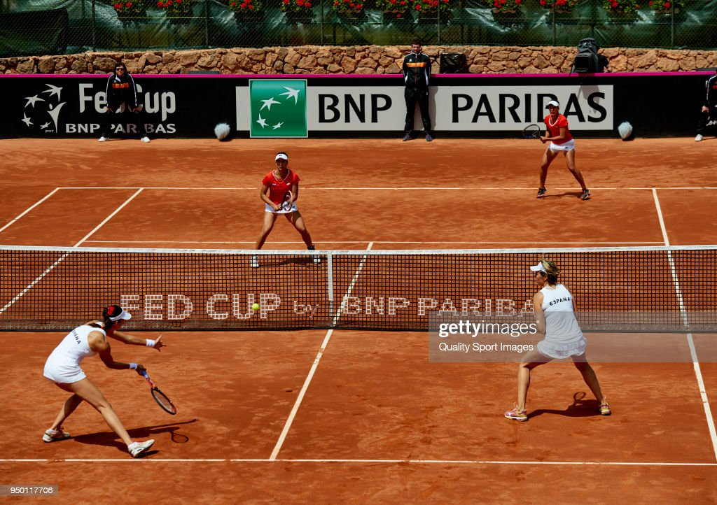 Spain v Paraguay - Fed Cup by BNP Paribas World CUp Group II Play-Off : ニュース写真
