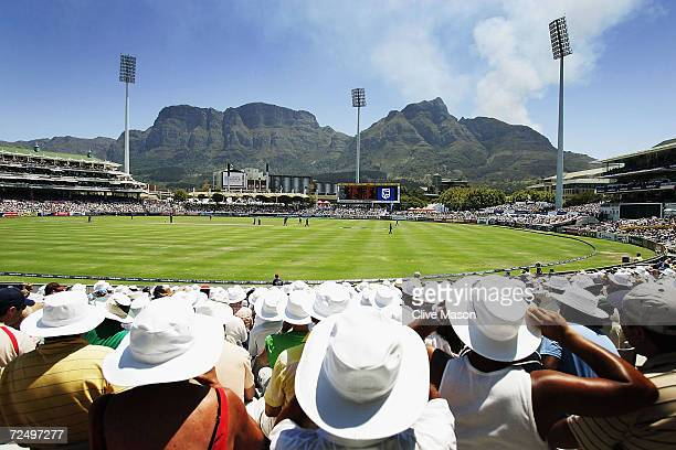 A general view during the fourth one day international match between South Africa and England at the Newlands Cricket Ground on February 6 2005 in...