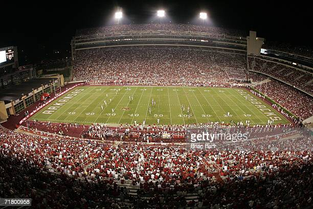 General view during the game between the University of Southern California Trojans and the Arkansas Razorbacks on September 2 2006 at Donald W...