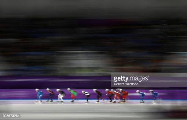 A general view during the Ladies' Speed Skating Mass Start Semifinal 1 on day 15 of the PyeongChang 2018 Winter Olympic Games at Gangneung Oval on...