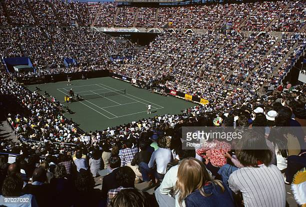 General view during the Men's Singles Semifinals of the 1978 US Open between Bjorn Borg and Vitas Gerulaitis at the USTA National Tennis Center at...