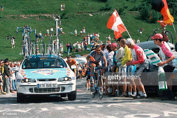 General view during the mountain stage 15 of the Tour de France between Courchevel and Morzine on July 16, 2000 in Courchevel, France.