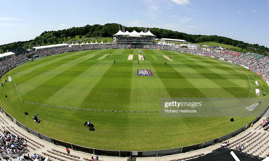 England v Hampshire : News Photo