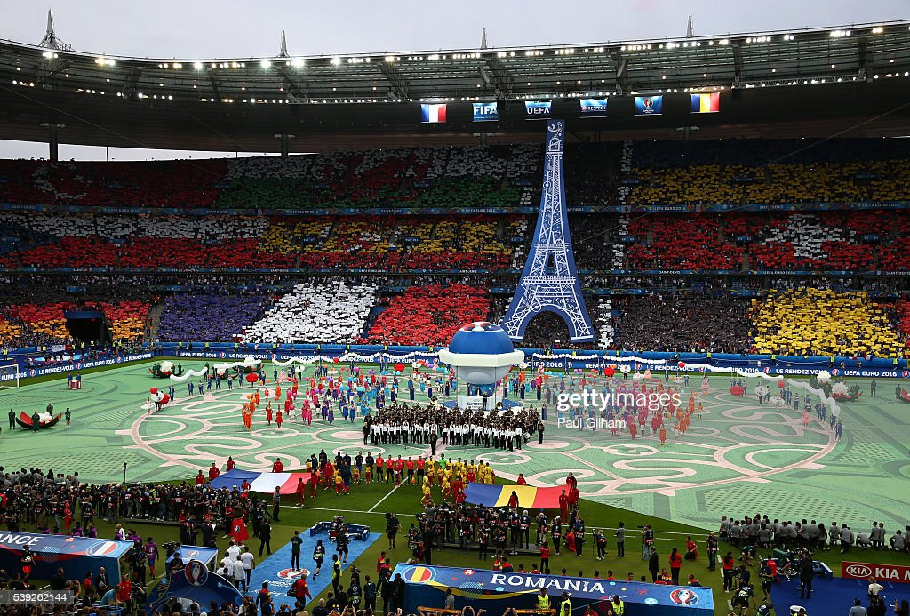 a general view during the opening ceremony prior to the uefa euro photo d 39 actualit getty. Black Bedroom Furniture Sets. Home Design Ideas